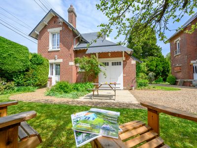 Photo for Detached holiday house in St Just en Chaussée (Picardie, Oise)