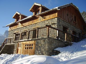 Mountain chalet with sauna and computer near the ski resorts.