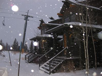 Enjoy the ski lift from right outside your door!