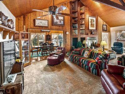 Photo for Lost Tree Lodge, 4 bedroom, 3 bath, sleeps 12.