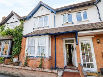 Photo for 5 Albany Road, STRATFORD-UPON-AVON