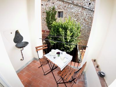 Photo for Apartment in Lucca with 2 bedrooms sleeps 5