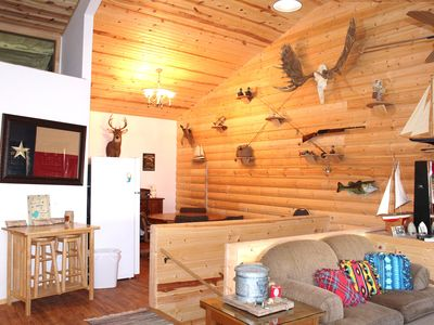 Large cabin for reunions , family gatherings or duck hunting