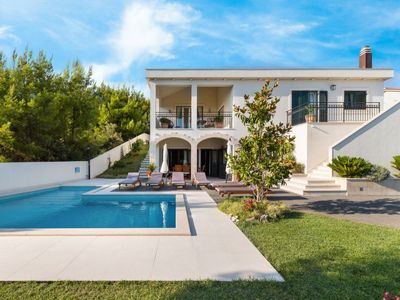 Photo for Vacation home Frasena in Trogir - 10 persons, 5 bedrooms