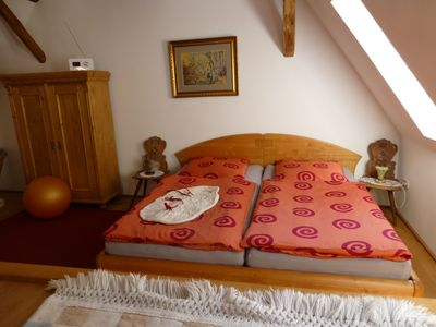 Photo for Light, stylish and comfortable in sonnenumfluteten timbered property