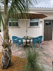 Photo for Cozy Private Room, Close to Siesta Key Florida