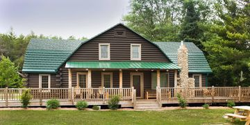 Magnificent Lodge Nestled Amid the Pines on the Picturesque Au Sable River!