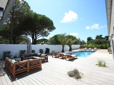 Photo for Beautiful villa located between the beaches and the golf of Trousse Chemise