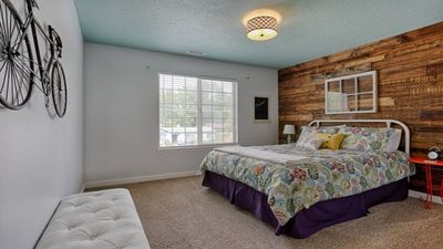 Photo for Great 3BD Home in Boise - Close to Downtown, Airport and I-84