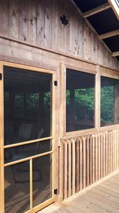 Screened-in-deck - Enjoy the quiet & Privacy (20 or more cars may go by DAILY)