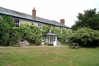 Photo for Cottage near Bude, Footpath To Good Sandy Beach, Lovely Walks