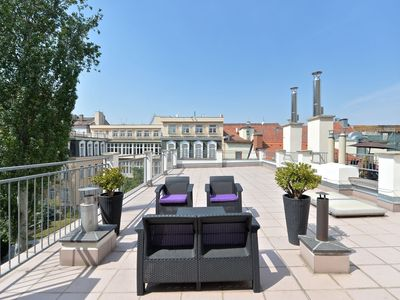 WENCESLAS SQ. APT WITH HUGE TERRACE