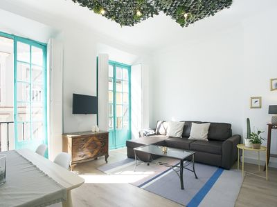 Photo for Vintage, Natura & Sun - Apartment for 6 people in Málaga