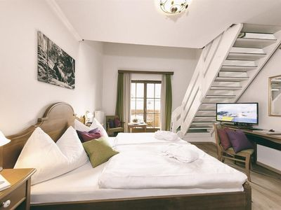 Photo for Alpine Style Maisonette (Gmiadlicha Gustl) with early BERG LIFE