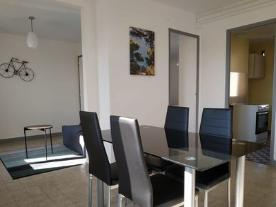Photo for Large apartment for 4, in a quiet street, wifi *MARSEILLE*