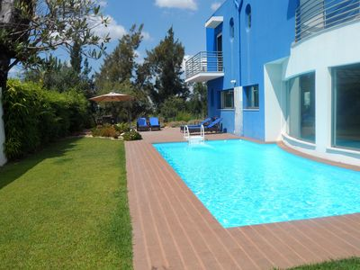 Villa / Swimming Pool & Garden