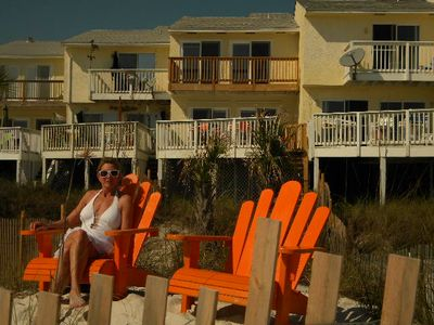 THIS IS LIFE/SMELL THE ROSES Watch sunset 90 ft from water/SIT ON YOUR PRIVATE BEACH