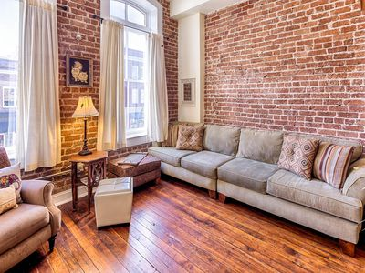 Photo for Romantic getaway in the heart of downtown historic Savannah