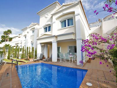 Photo for This 3-bedroom villa for up to 6 guests is located in Calpe and has a private swimming pool and Wi-F