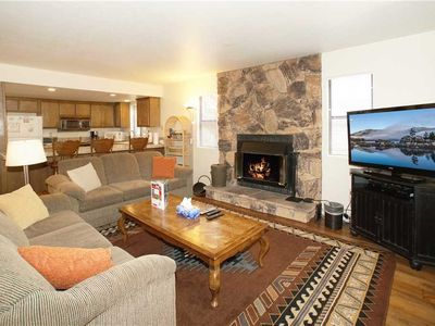 Photo for Summit X-ross Roads Condo - 3BR/2BA/WiFi/Steps to the Slopes!!! FREE 2 hour Bike/Kayak Rental!