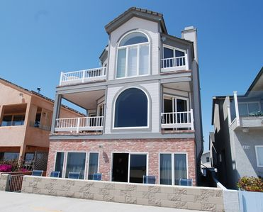 Photo for Oceanfront Retreat. Condo w/Patio on the Boardwalk. Between the Piers!