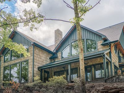 Gorgeous Modern Mountain Home with Stunning Blue Ridge Mt Views on 190 Acres