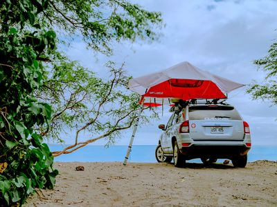 Photo for Jeep Compass 4x4 with Rooftop Tent
