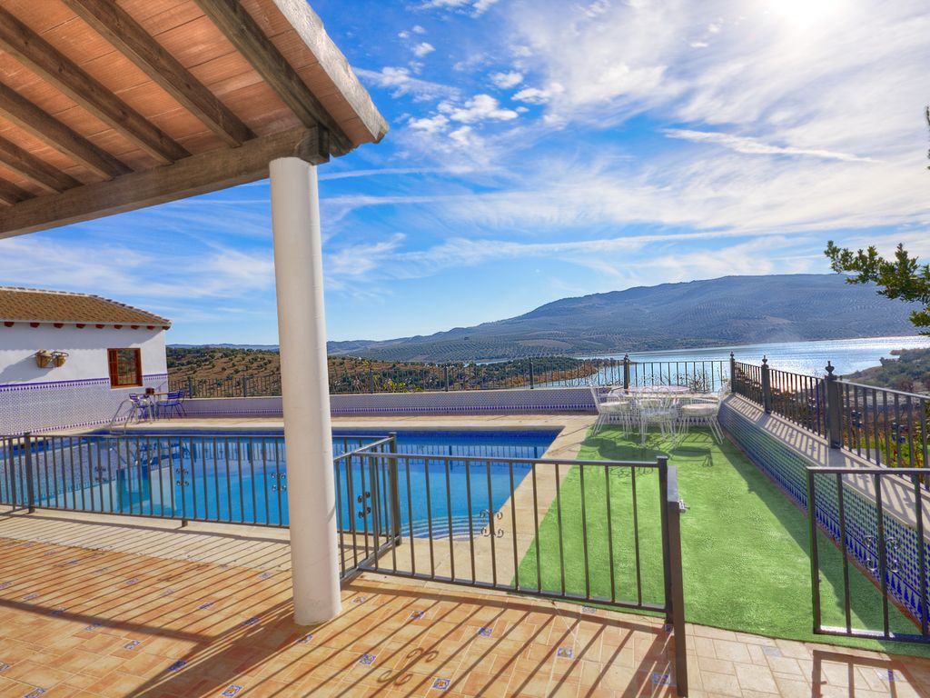 Los lamos country house of traditional andalusian for Virtual pool builder