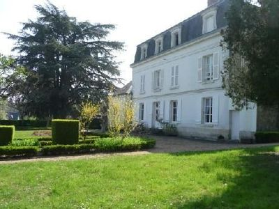 Photo for Near down town Amboise, beautiful property on a large park