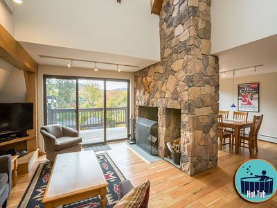 Photo for Distinctive 4 story townhouse with private hot tub minutes from the slopes