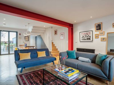 Photo for Charming Garden apt, sleeps 6, 20min to Shoreditch