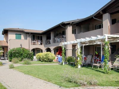 Photo for Apartment Lugana Marina (SIR453) in Sirmione - 6 persons, 2 bedrooms