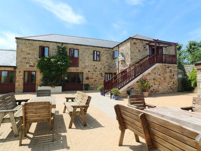 Photo for BARN OWL, pet friendly, with a garden in Newquay, Ref 985949