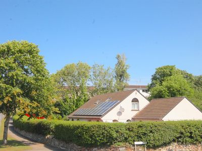 Photo for large family 4 bed house with wonderful location near zoo beaches and town
