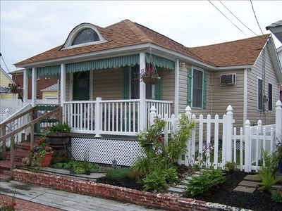 Photo for Three blocks to the Beach - 2 BR Adorable and Spacious Cottage