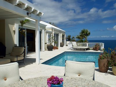 Photo for Luxurious Villa with Stunning Ocean Views