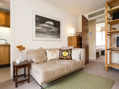 Photo for Modern 2BR Apt in West London