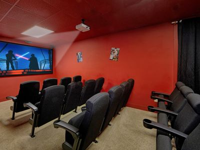 A+Location!8/8 w/20-Seat Theater /Lg Families&Groups Welcome!Hottub,Pool access