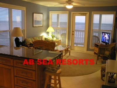 Photo for Beachfront Suite 2314 Corner and panoramic view of beach and Gulf of Mexico