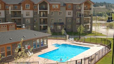 Photo for Beautiful Lake Windermere Pointe 2 Bed 2 Bath Unit