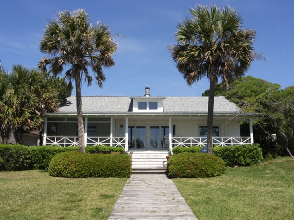 Beautiful 4 Bedroom 4 Bathroom Oceanfront House In Central Myrtle Beach Myrtle Beach Myrtle