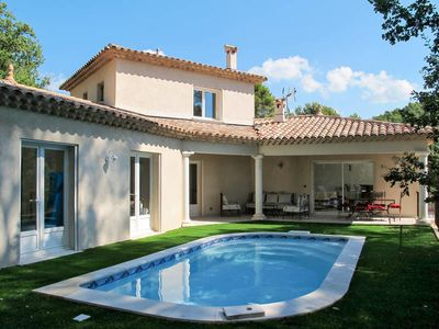 Photo for Vacation home in Draguignan, Côte d'Azur hinterland - 6 persons, 3 bedrooms
