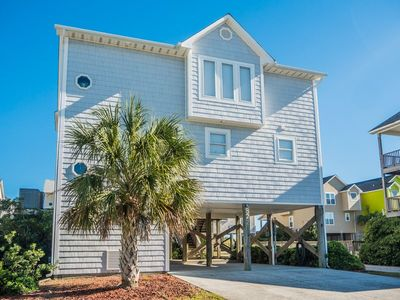 Photo for A SONG OF THE SEA: 4 BR / 3 BA oceanfront in Surf City, Sleeps 10