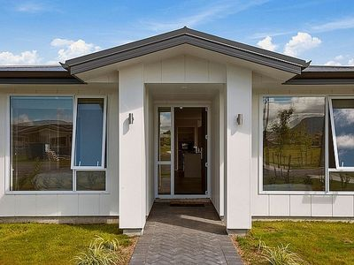 Photo for Huka Falls Maison - Taupo Holiday Home