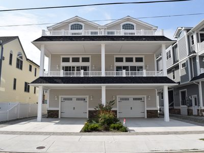 Photo for Beach Block Townhome in Townsends Inlet. Beautiful decks with ocean and bay views!