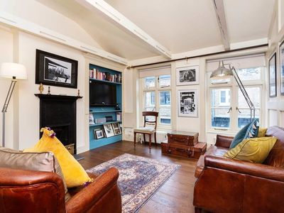 Photo for 2BR Apartment Vacation Rental in London,