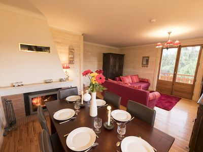Photo for INDEPENDENT CHALET WITH BEAUTIFUL VIEW ON THE MASSIF DU MONT BLANC