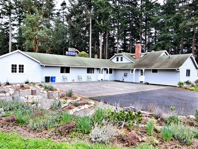 Photo for 4BR House Vacation Rental in Eastsound, Washington