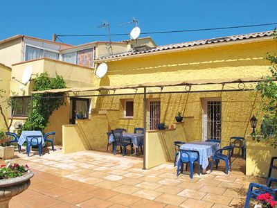 Photo for Apartment Les Grenadiers (HYE104) in Hyères - 4 persons, 1 bedrooms