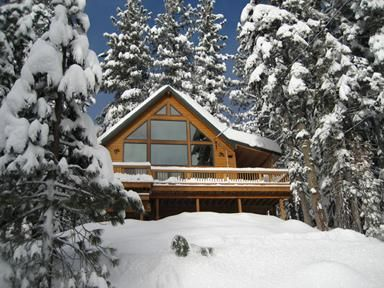 Beautiful home near Bear Valley Mountain Resort with hot tub/sauna!